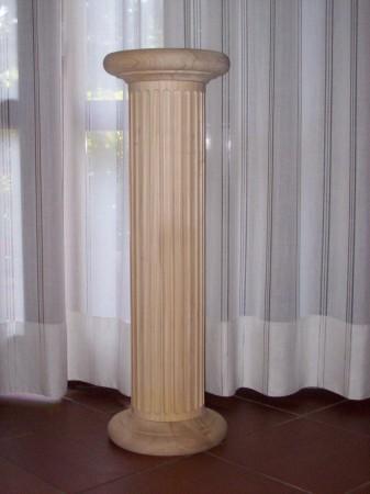 colonna tornita rigata grezza